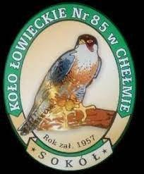 """Logo Koła Łowieckiego Nr 85 """"Sokół"""" w Chełmie."""